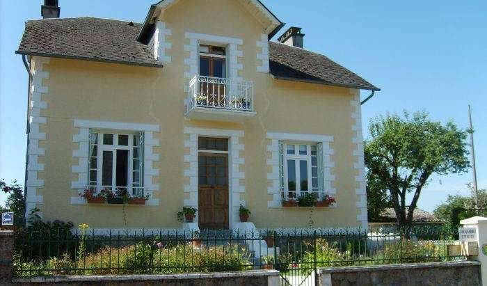 cheap hotels in Limousin, France